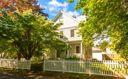 Vacation rental apartment in Camden, Maine